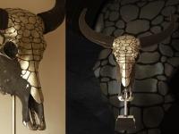waterbuffel-schedel-snakeskin-kleur-tin-op-sokkel